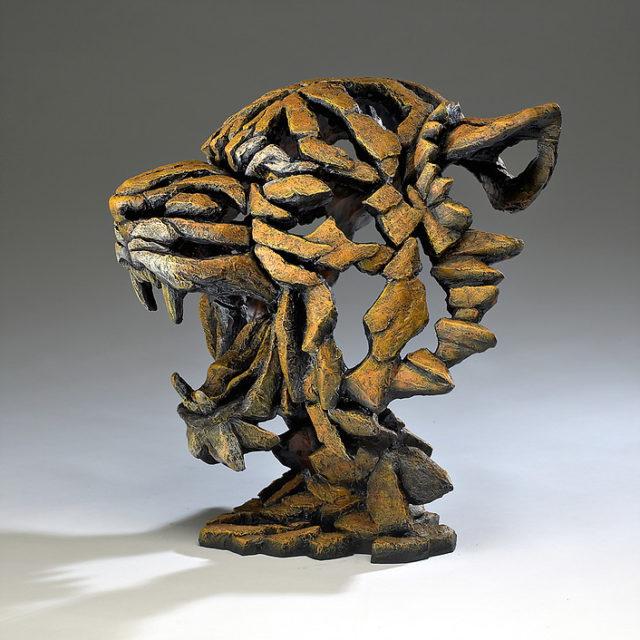 Edge Tiger Bust Sculpture by Matt Buckley, Edge, Robert Harrop Designs.