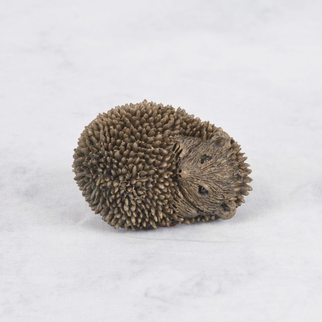Dizzy the Hoglet TMM007 by Frith Sculpture
