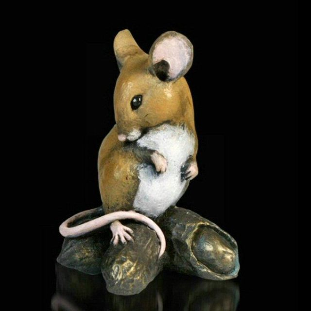 236BR Mouse with Monkey Nuts Richard Cooper