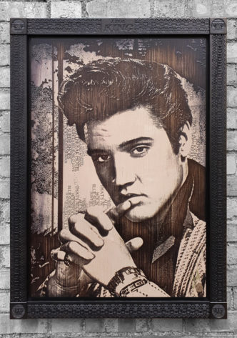BISH828 The King (Deluxe) Elvis by Rob Bishop