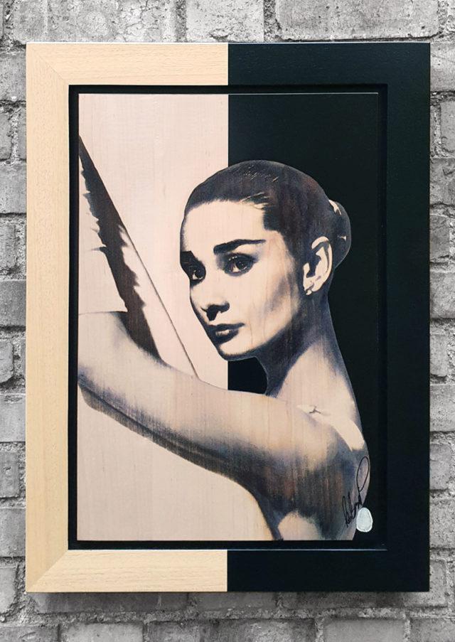 BISH808 Audrey Hepburn OV 1 39 x 58 Rob Bishop